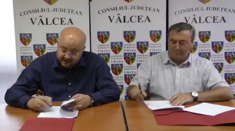 S-a semnat Acordul de parteneriat între Consiliul Județean Vâlcea și Primăria Bălcești pentru reînființarea spitalului din Bălceşti