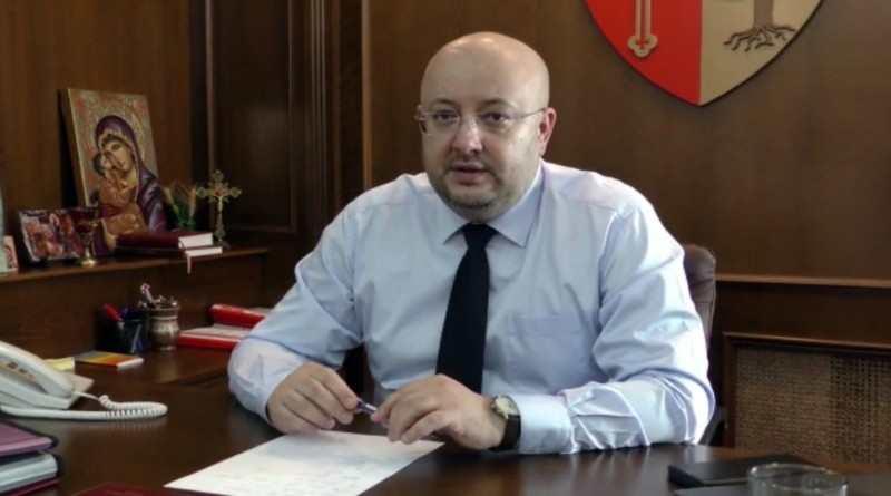 """Președintele Rădulescu despre ambulanța SMURD:  """"Problemă rezolvată de CJ Vâlcea!"""""""